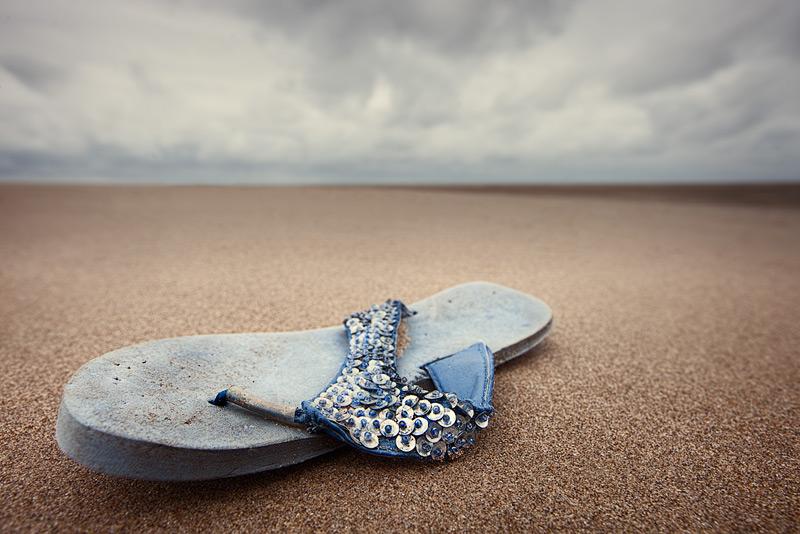 a flip / 3x2 + beachcombing + show the original