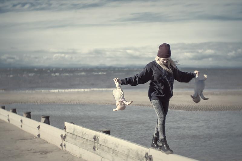 baby sitting / 3x2 + camera [Fujifilm X-T1] + children [portraits] + fylde coast [scenic] + show the original