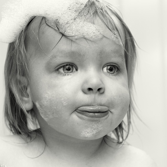 bath time / 1x1 + children [portraits]