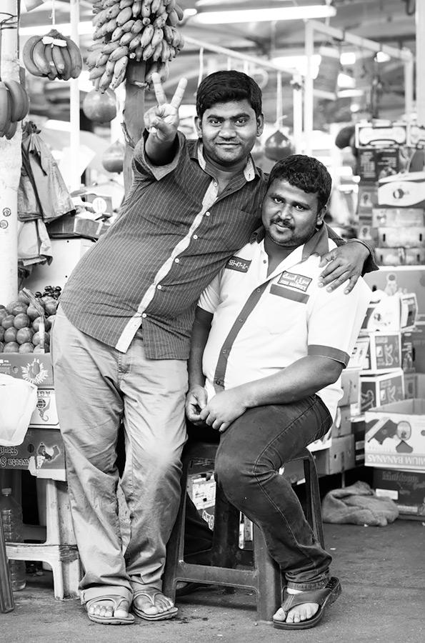 GPP 2014 #6 / 3x2 + travel [Dubai, UAE] + camera [Sony A99] + people [portraiture] + no print + show the original