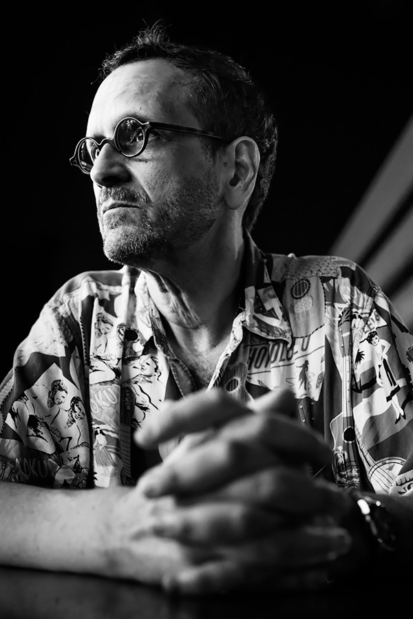 Greg Heisler / 3x2 + travel [Dubai, UAE] + camera [Sony RX1] + people [portraiture] + no print + show the original
