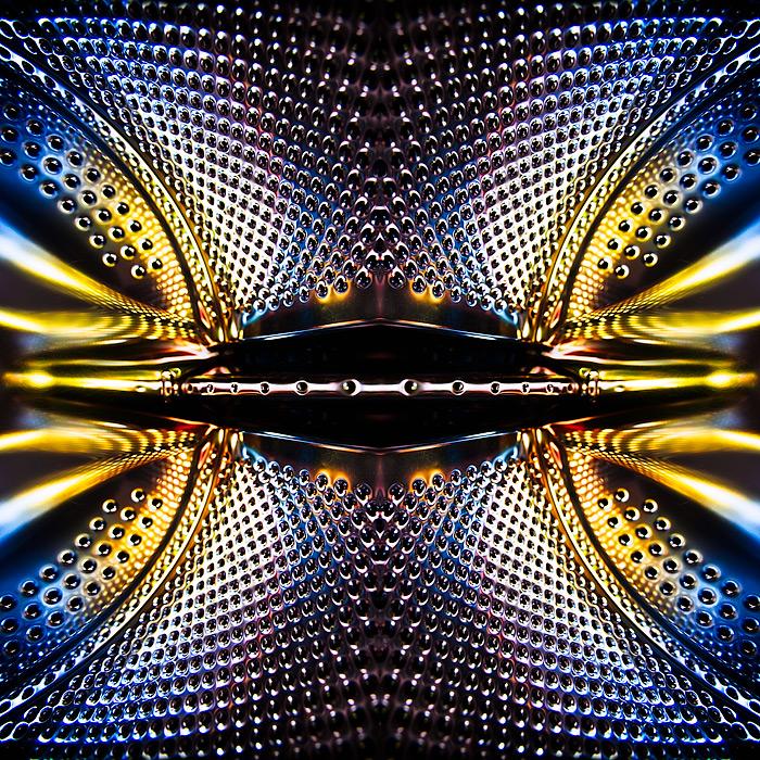 metallic / 1x1 + abstract