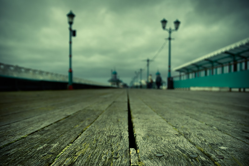 mind the gap / 3x2 + piers [North pier] + fylde coast [scenic]