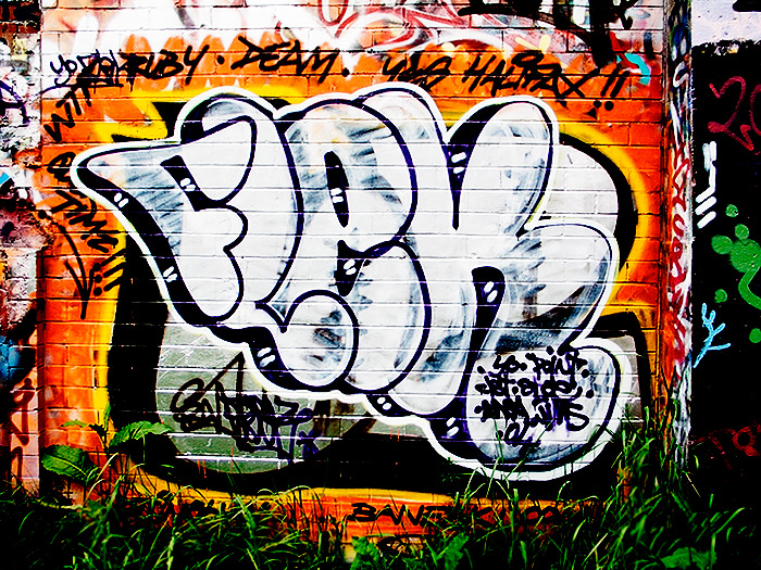 ruby deam / 4x3 + graffiti