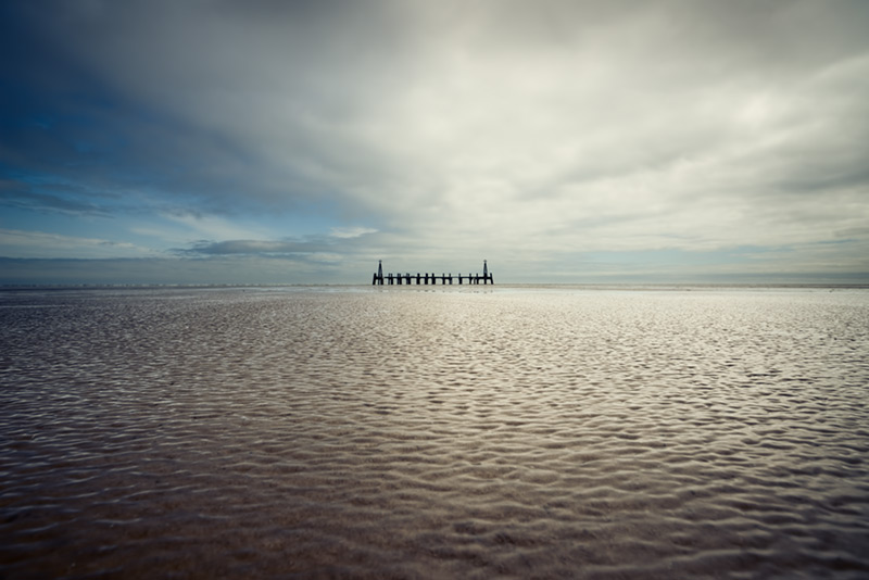 the edge of things / 3x2 + camera [Sony A99] + piers [St. Annes] + fylde coast [scenic] + show the original