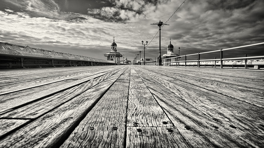 the long walk / 16x9 + HDR + piers [North pier] + fylde coast [scenic]