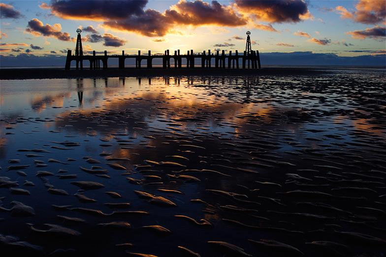 tide down #4 / 3x2 + piers [St. Annes] + fylde coast [scenic]