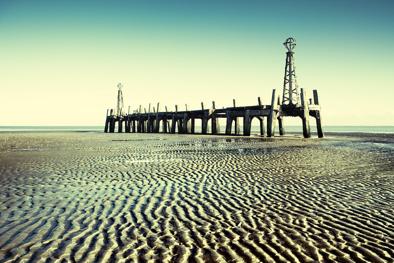 tide down #5 / 3x2 + piers [St. Annes] + fylde coast [scenic]