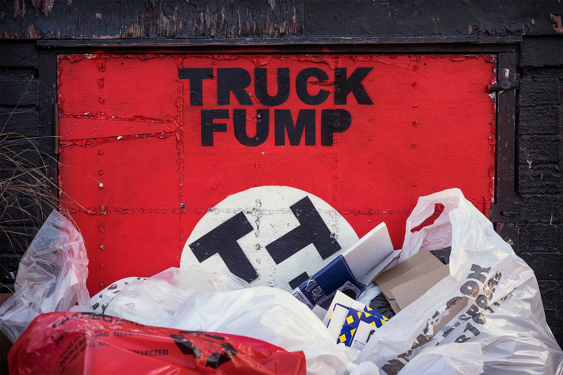 Truck Fump - Street Photography Show the Original Photography - truck fump final